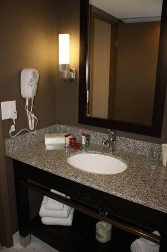 фото Ramada Plaza Niagara Falls Hotel 673557420