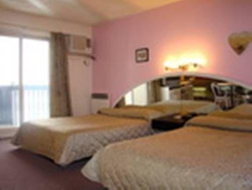 фото Motel Granby 673578683