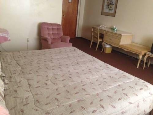фото Englehart Motel 673582540