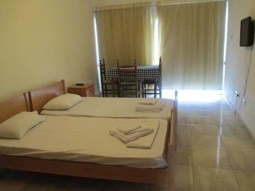 фото Island Apartments & Restaurant 673798913