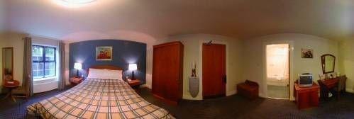 фото Twelfth Lock Hotel 675657367
