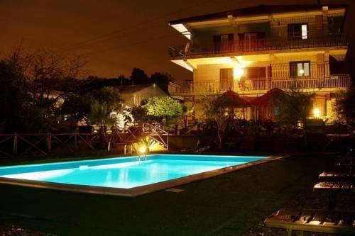фото Holiday Home Moon Santa Venerina 675806896