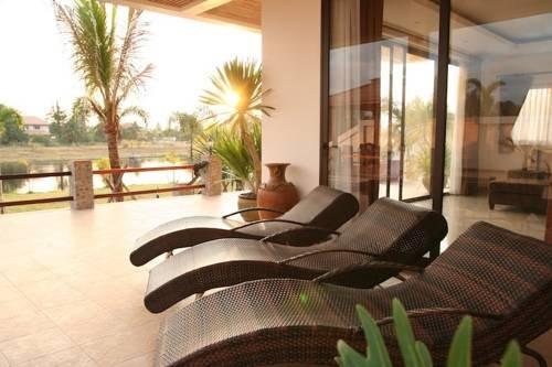 фото Phoenix Lakeside Pool Villas 677180426