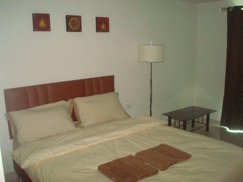 фото Laguna Bay Apartments 677217698