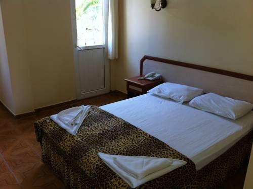 фото Parilti Hotel 677232838