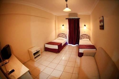 фото Parilti Hotel 677232844