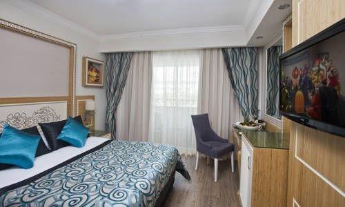 фото Crystal Waterworld Resort & Spa 677305382