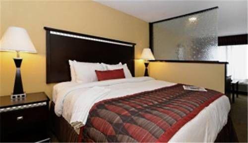 фото Best Western Plus Bessemer Hotel & Suites 677404599