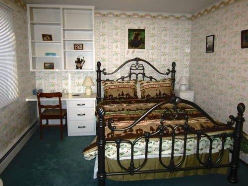 фото Golden Umbrella Bed & Breakfast 677409024