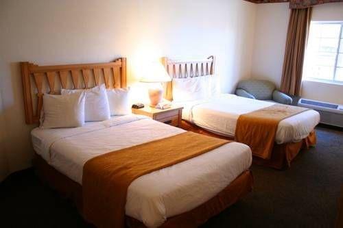 фото Quality Inn & Suites at Talavi 677411358