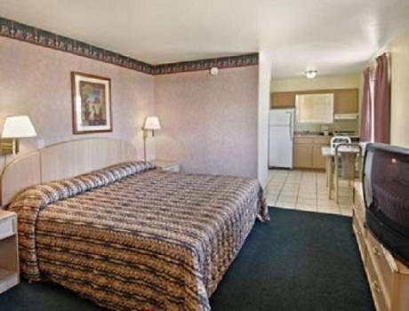 фото Travelodge Suites Mesa 677412098