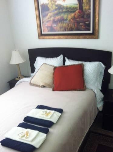 фото Phoenix Affordable Room Rentals 677413591