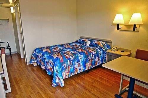 фото Motel 6 Phoenix Tempe - Arizona State University 677415762
