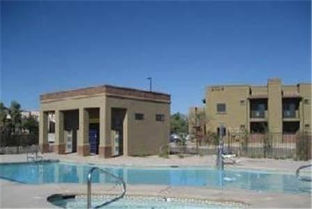 фото Luxury Foothills Condo Tucson 677416418