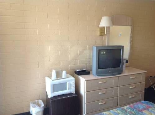 фото Westerner Motel 677417039
