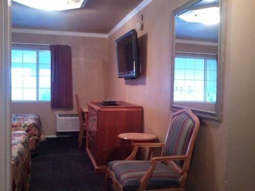 фото Little Boy Blue Motel 677421317