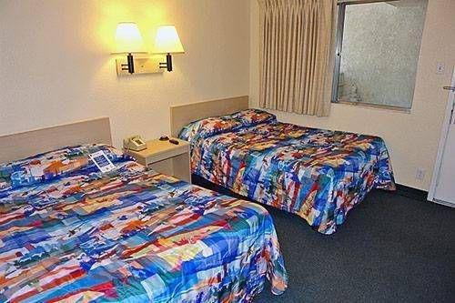фото Motel 6 Big Bear 677423112