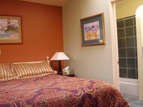 фото Bodega Bay Inn 677423875