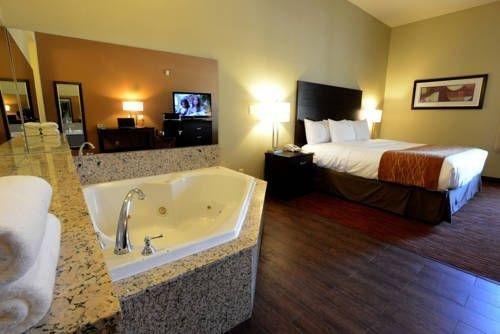 фото Comfort Suites Clovis 677427385