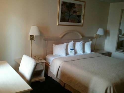 фото Motel 6 Fort Bragg 677429931