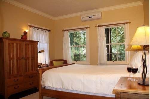 фото Applewood Inn 677431205