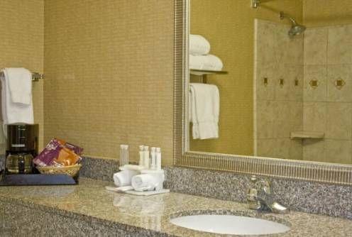 фото Holiday Inn Express 677433520
