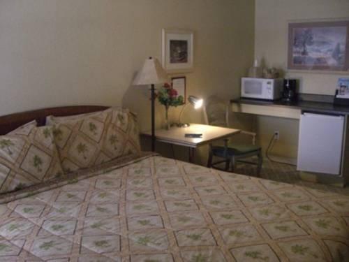 фото Los Banos Motel 677438045