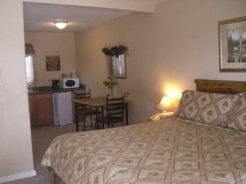 фото Los Banos Motel 677438047
