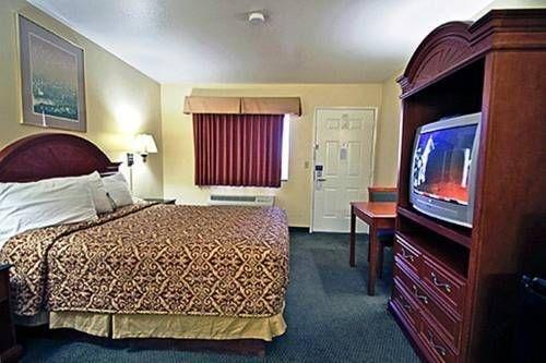 фото Motel 6 Menifee 677439412