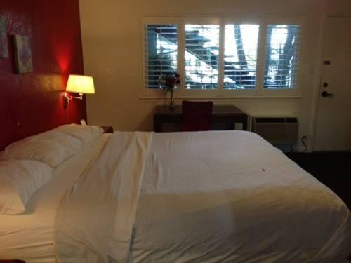 фото Mermaid Inn 677439481