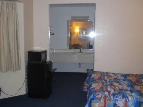 фото Motel 6 Merced North 677439561