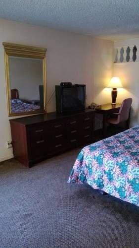 фото Discovery Inn 677439993