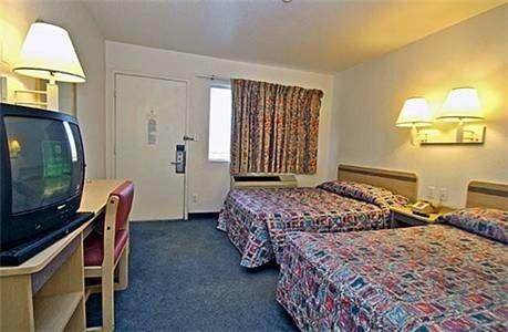 фото Motel 6 Mojave 677440142