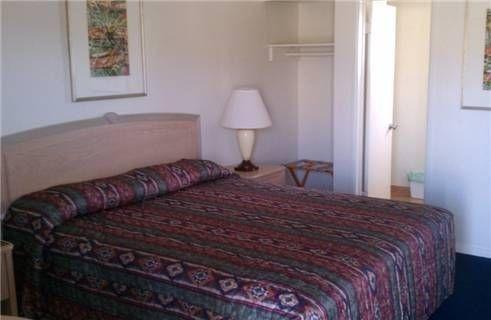 фото Budget Inn Mojave 677440151