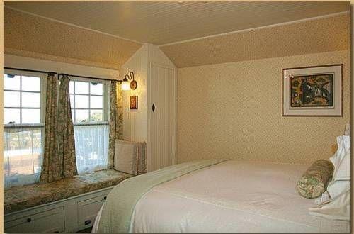 фото Jabberwock Inn 677440395