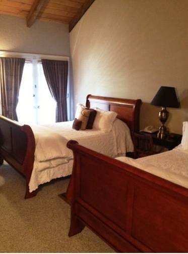 фото Merritt House Inn 677440967