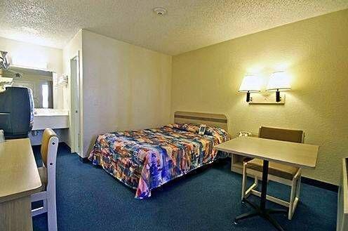 фото Motel 6 Palm Springs North 677442858