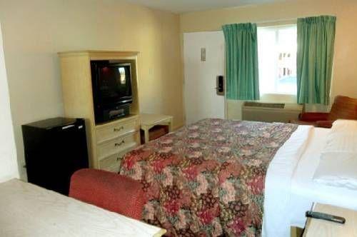 фото Highlander Motel 677443561