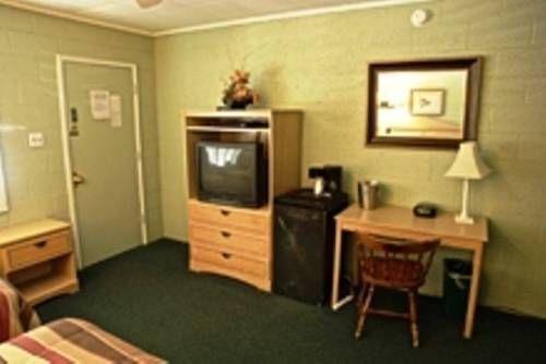 фото The Gateway Restaurant & Lodge 677447482