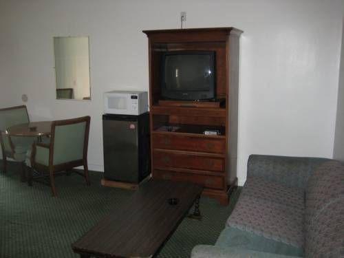 фото New Kansan Motel 677447724