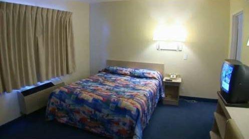 фото Motel 6 Redding Central 677448091