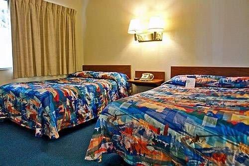 фото Motel 6 Redding North 677448094