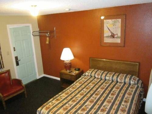 фото Budget Inn & Suites Ridgecrest 677448579