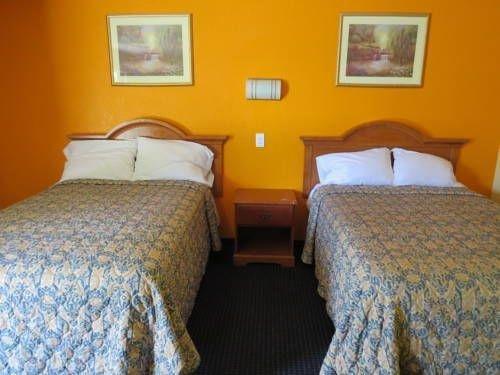 фото Skylark Motel 677448717