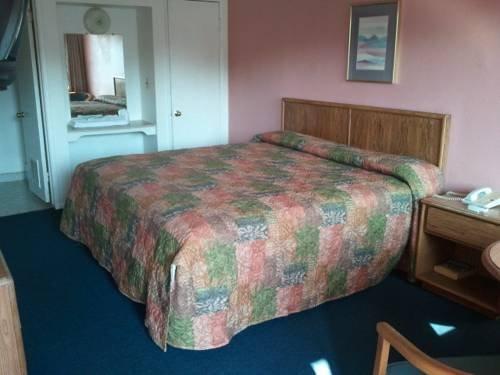 фото Town Lodge 677450125