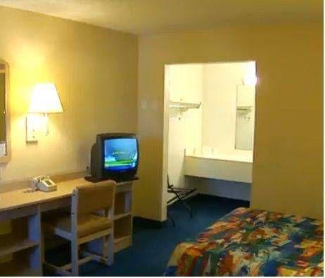 фото Motel 6 San Diego North 677452252