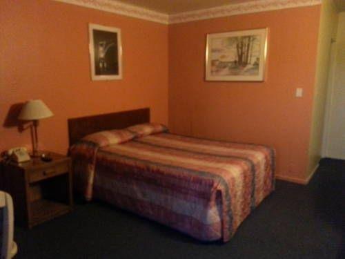 фото All Star Inn Motel 677457017
