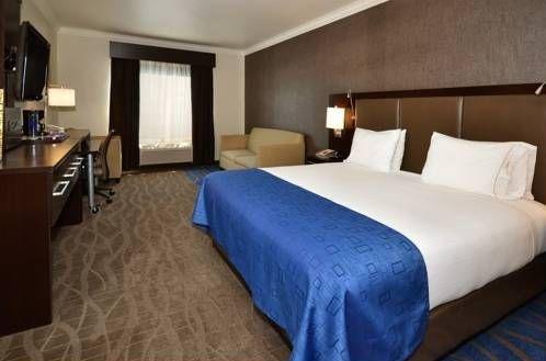 фото Holiday Inn Express Santa Clara 677458242