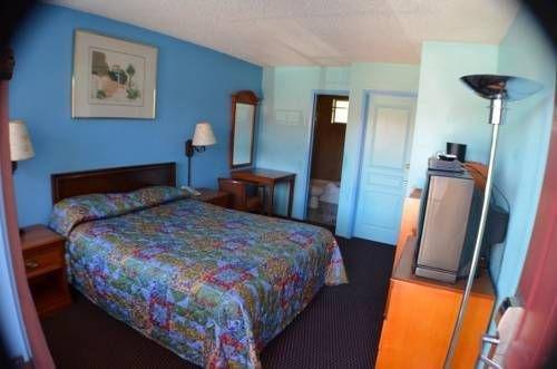 фото Aqua Breeze Inn 677458680