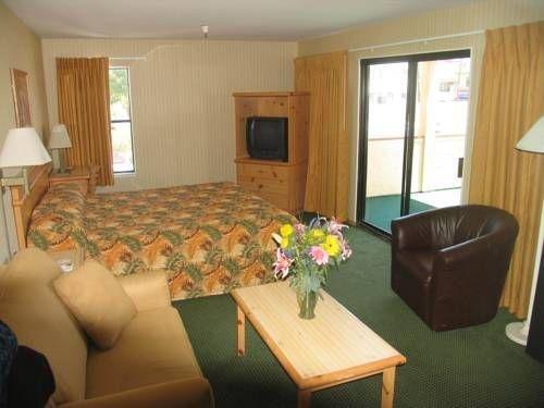 фото Carousel Motel 677459018